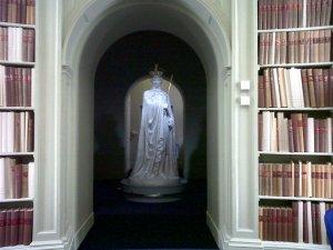 Statue of King George III