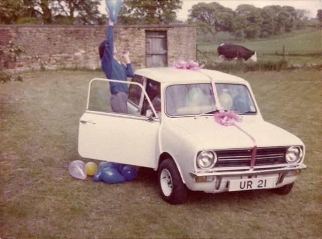 21st birthday Mini and balloon bashing